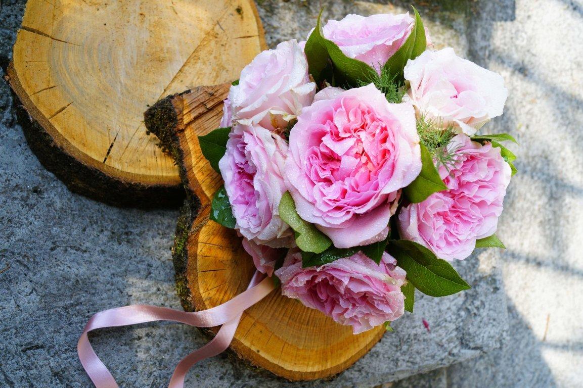 matrimonio-eryngium-ortensia-rosa-e-matricaria-01