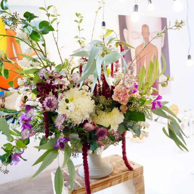 matrimonio-crisantemi-bia-clematis-symphoricarpos